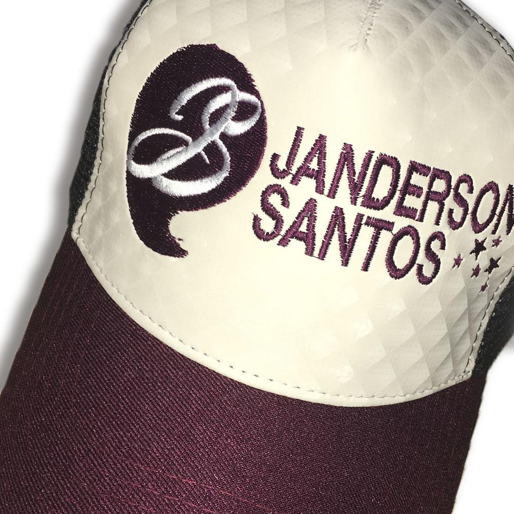 Boné Janderson Santos