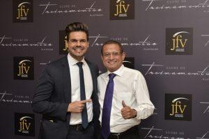 Janderson Santos e Jair (diretor da JFV)