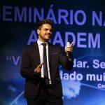 palestrante de vendas e motivação janderson santos em brasilia anadem magico
