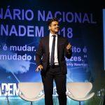 palestrante em brasilia realiza palestra de vendas e motivação janderson santos
