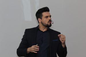 melhor palestrante do brasil janderson santos vendas e motivação